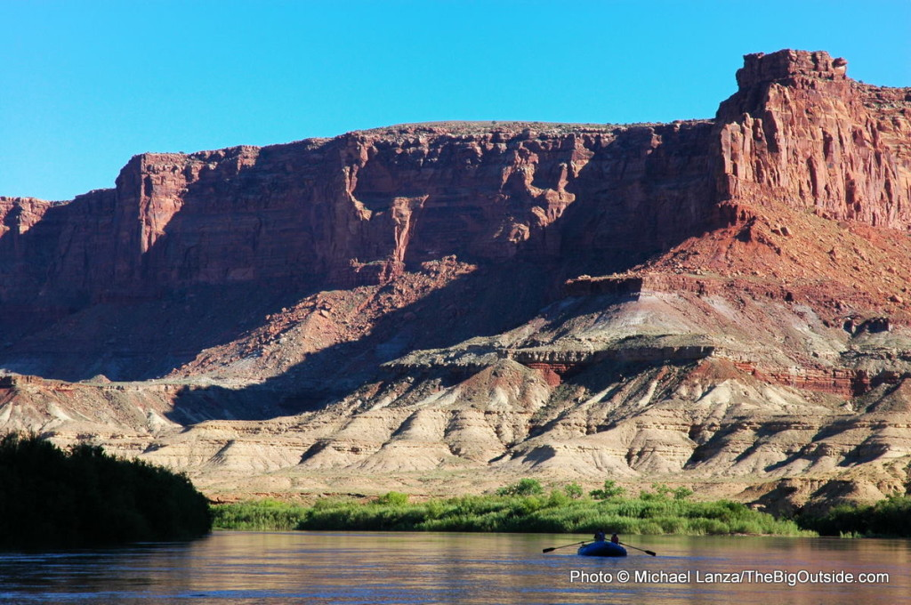 Floating the Green River through Stillwater Canyon, Canyonlands National Park.
